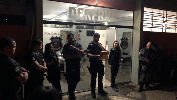 Polícia deflagra operação contra quadrilha de roubo de veículos em Goiânia