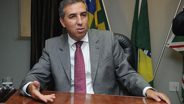 José Eliton vai lutar contra a burocracia e vai manter o governo ajustado
