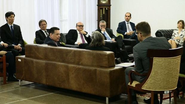Em Goiás, presidente do STF tem reunião a portas fechadas sobre crise penitenciária