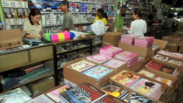 Em Goiânia, preços dos materiais escolares variam em até 299%, aponta Procon