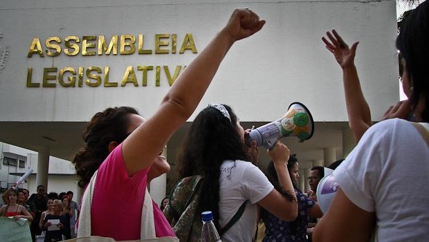 Em Goiás, grandes partidos têm baixa presença de mulher em cargos de decisão