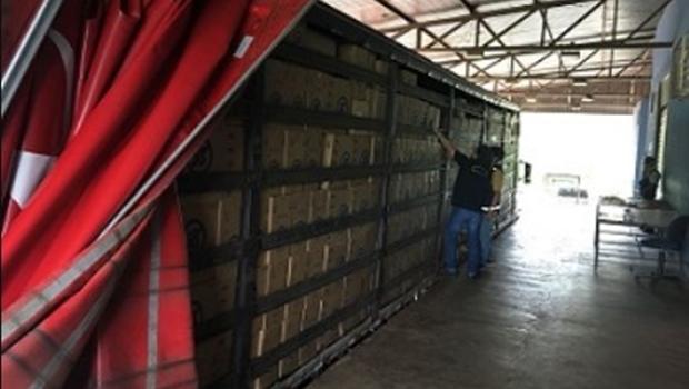 Carga de cigarro irregular avaliada em R$ 3,2 milhões é apreendida em Goiás