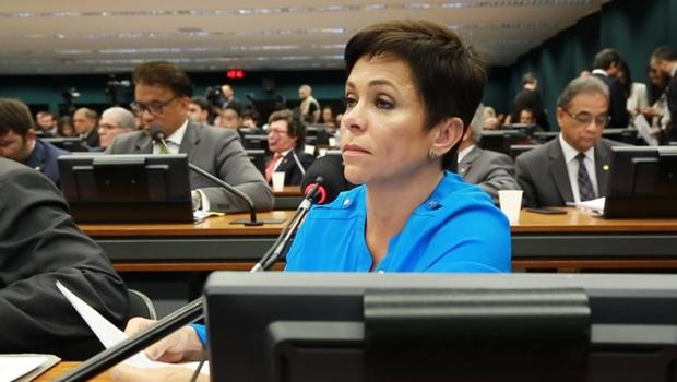 """Cristiane Brasil diz que é vítima de """"campanha difamatória"""" para não assumir ministério"""