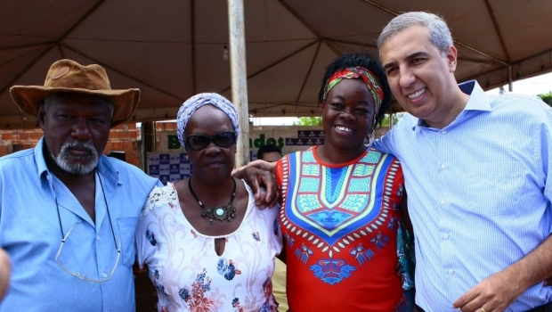 Zé Eliton entrega Praça Municipal João Rosa Veloso para distrito de Nilópolis
