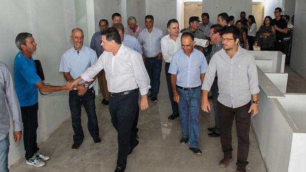 """""""Transformamos Goiás num dos melhores Estados em matéria de saúde"""", diz Marconi"""