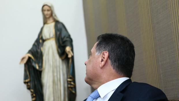 """""""Sempre que a paróquia precisou, Marconi nos ajudou"""", afirma padre Marcos Rogério"""