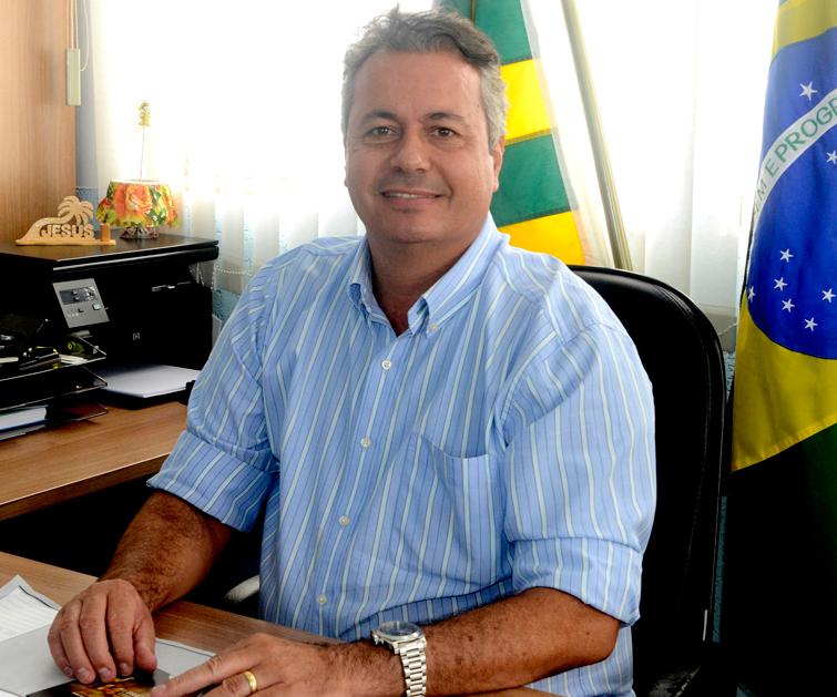 Naçoitan Leite luta para impedir candidatura de Danilo Gleic a deputado estadual