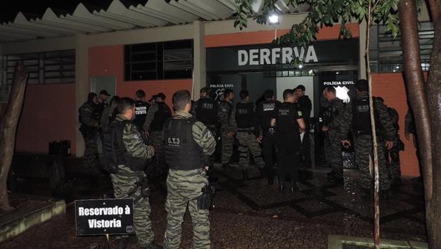 Polícia Civil desarticula quadrilha especializada em roubo de veículos
