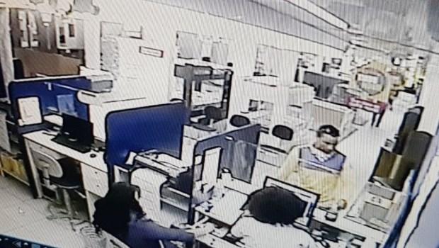 Funcionário do Correios é indiciado por fazer compras em cartões enviados a clientes