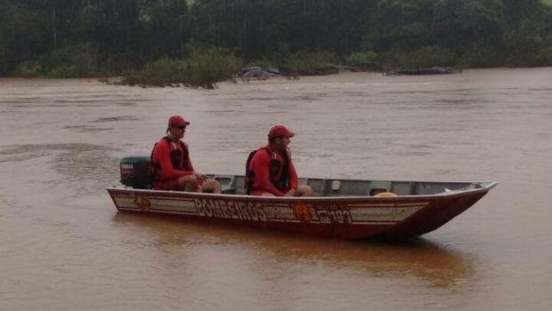Homem morre afogado após entrar em rio para salvar a esposa
