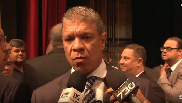Chefão da Secima planeja retirar grupo de Vilmar Rocha dos principais cargos do órgão