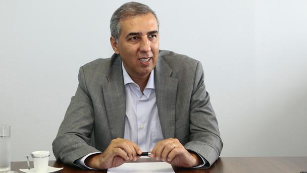 José Eliton reduz ICMS do setor alimentício de 10,2% para 7%