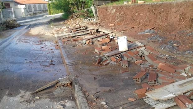 Muro de CMEI em Goiânia cai duas vezes em menos de um mês