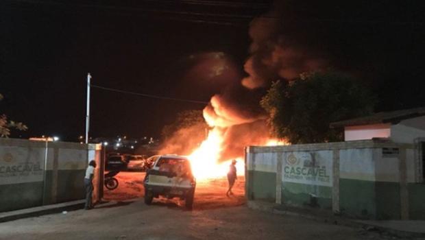 Órgãos públicos, ônibus e torres de telefonia são alvos de ataques no Ceará