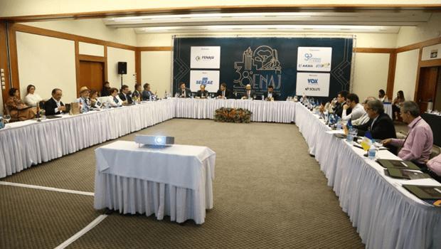 Em Goiânia, presidentes de juntas comerciais aprovam medidas de desburocratização