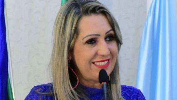 Vice-prefeita de Luziânia sai da base aliada e vai apoiar Ronaldo Caiado