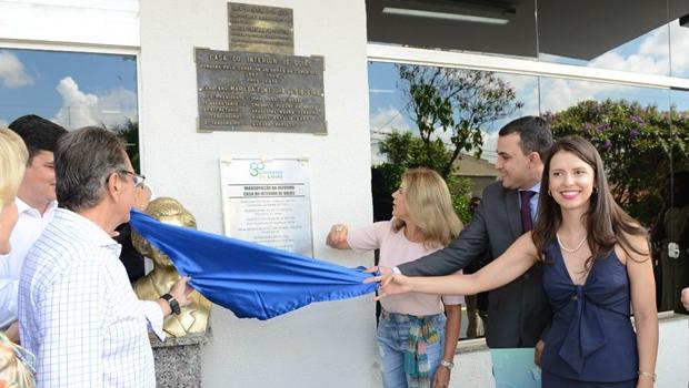 Valéria Perillo entrega reforma da Casa do Interior em Goiânia