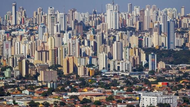 Lei que concede alvará a prédios irregulares é genérico e terá consequências, diz especialista