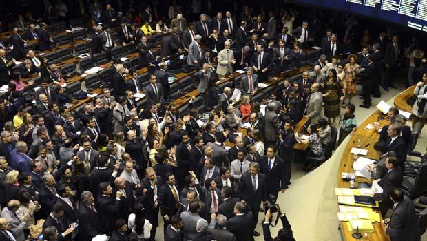 No Congresso, parlamentares veem possibilidade de adiamento das eleições municipais