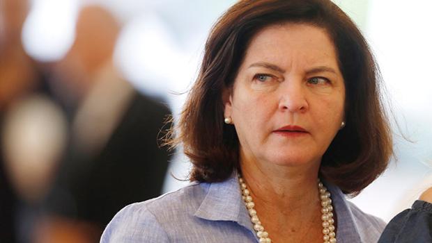 Noblat diz que Bolsonaro não vai manter Raquer Dodge na PGR por ser mulher