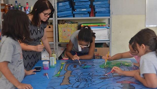 Alunos do Basileu França realizam exposição durante o Goiânia Art Déco Festival