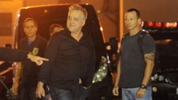 MP apresenta nova denúncia contra Cachoeira e ex-procurador-geral do Estado