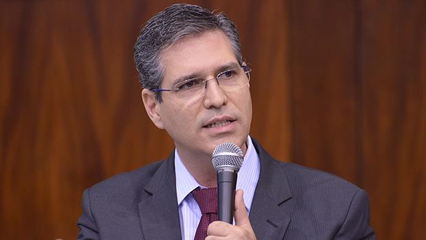 """""""PSD tem tamanho para indicar vice"""", diz Francisco Júnior sobre chapa de José Eliton"""