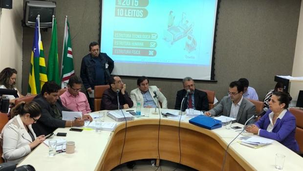CEI da Saúde indicia donos de 11 hospitais e ex-secretário por irregularidades em UTIs