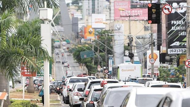 Mais 44 fotossensores começam a funcionar nesta quinta-feira (30), em Goiânia