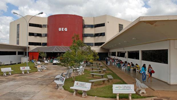 UEG divulga cronograma de quase 1.500 exonerações de servidores irregulares