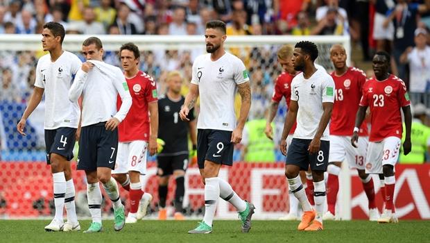 Com futebol morno, França e Dinamarca ficam no primeiro 0 x 0 da Copa