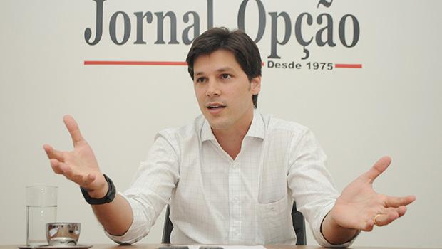 """Eleitor parece perceber Daniel Vilela como candidato da """"oposição consentida"""""""