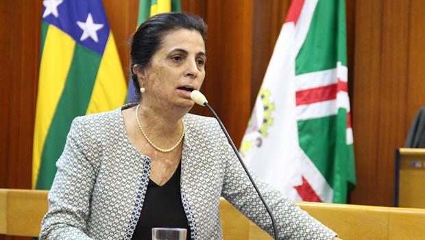 Dra Cristina pretende pedir licença da Câmara de Goiânia no próximo mês