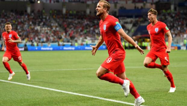 Com desempate no fim do segundo tempo, Inglaterra vence Tunísia
