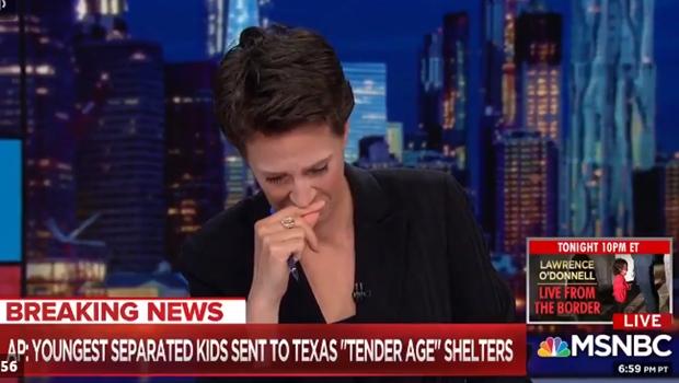 Jornalista dos EUA chora ao vivo ao falar sobre filhos de imigrantes separados dos pais