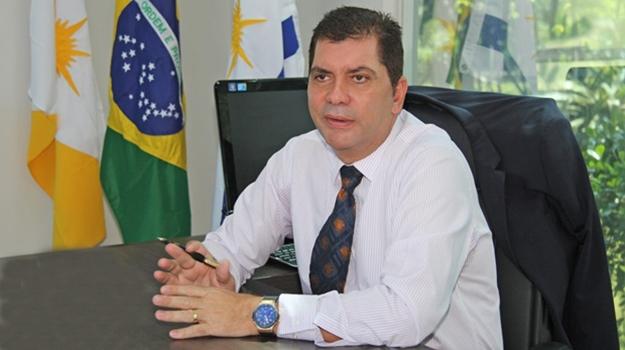 Amastha rejeita apoio ao socialista Felipe Rocha e apoia o capitalista Tiago Andrino