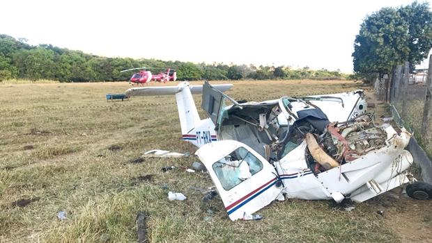 Avião cai e deixa quatro vítimas em Goiás