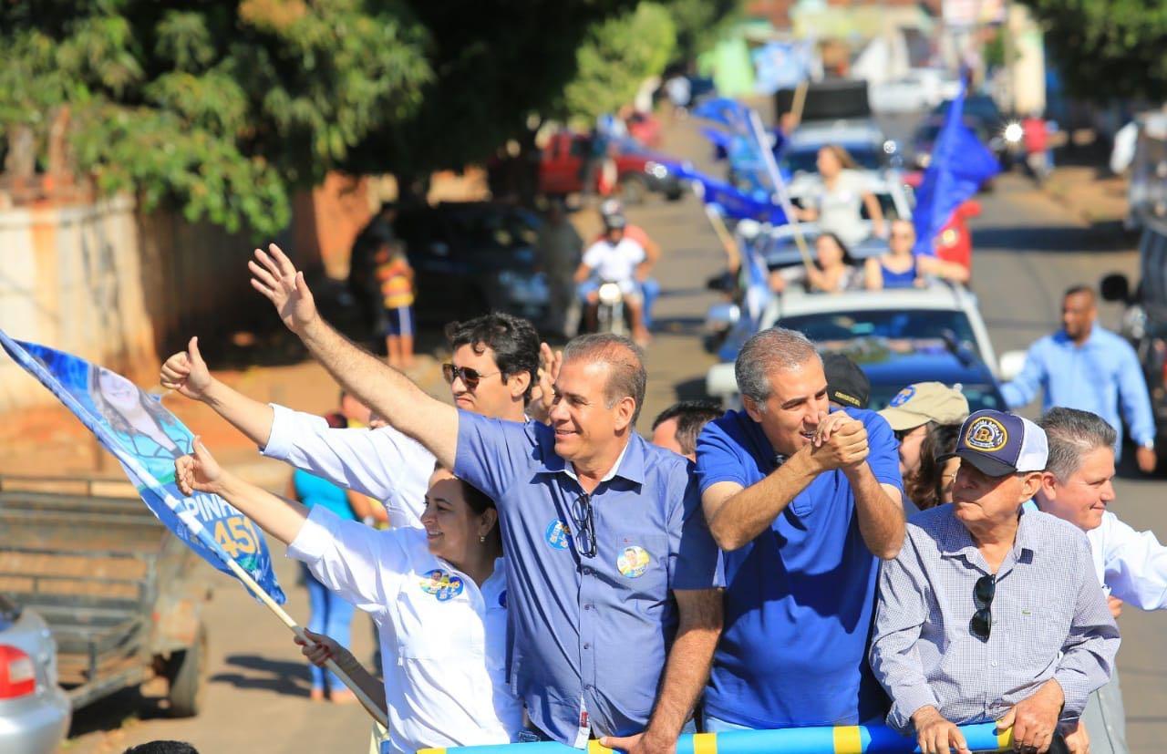 Mais de 2 mil carros na megacarreata de apoio a José Eliton em Goianira