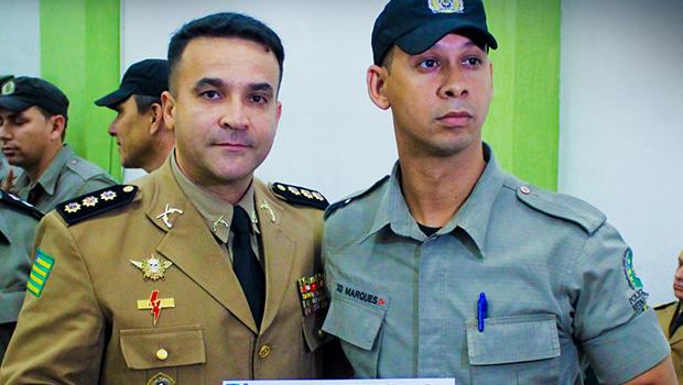 Policiais militares em destaque são homenageados durante evento