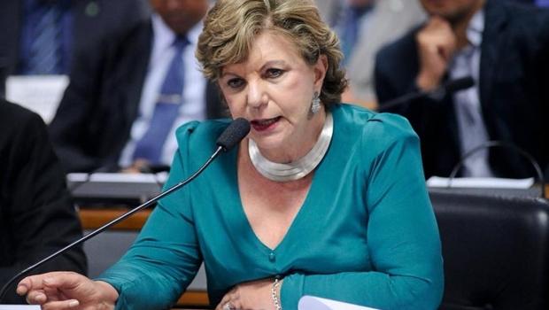 Lúcia Vânia é a única de Goiás entre os senadores mais assíduos