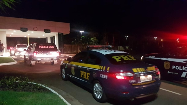 Operação em Goiás e em outros 4 Estados desarticula quadrilha de roubo de veículos e cargas