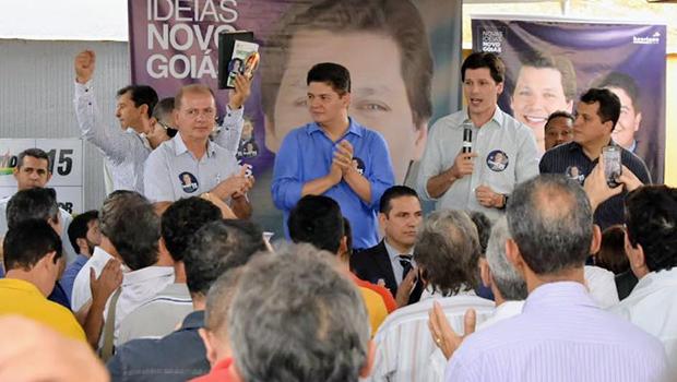 Prefeitos e vereadores de diversos partidos anunciam apoio a Daniel