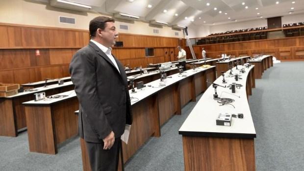 Trabalhos na Assembleia voltam a ser realizados no Plenário Getulino Artiaga