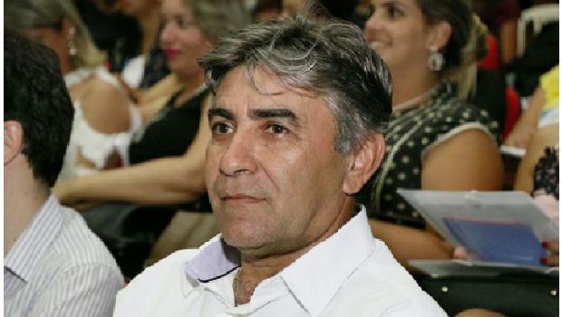 MPE interpõe ação judicial contra prefeito e presidente da Câmara de Dueré