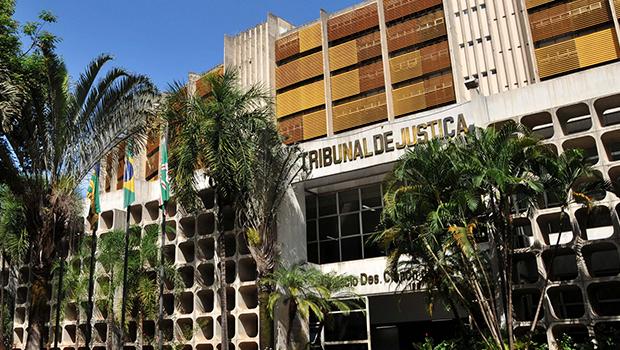 Apesar das críticas, magistrados e servidores do Judiciário começam a receber auxílio-saúde