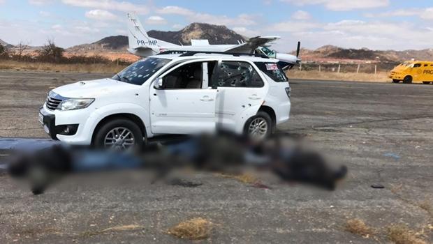 Seis pessoas morrem em tentativa de assalto a avião