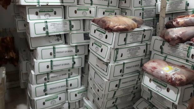 Polícia encontra sete toneladas de carne roubada e prende dono de açougue em Aparecida
