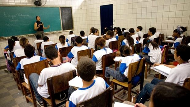 Estado gasta mais em escola com nota baixa