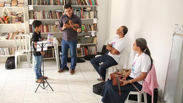 Recital encerra projeto de inclusão social