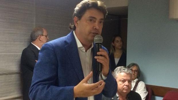 Wilder Morais reforça apoio a Jair Bolsonaro em encontro da Fecomércio